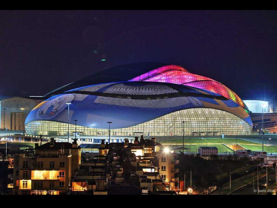 Velký ledový palác, Soči 2014 Název odráží velikost a význam budovy. Vejde se do ní 12 000 diváků. Tu se budou konat hokejové turnaje. Kopule, pokrýva