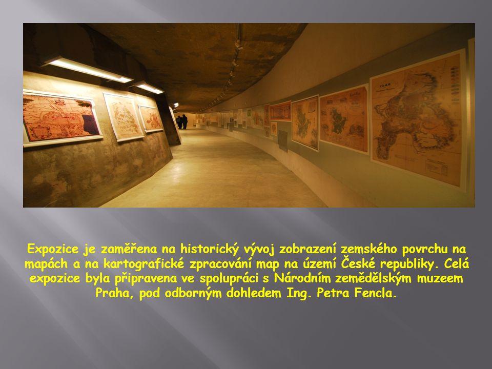 Ústřední exponát Centra představuje plastická mapa historických území Moravy a Slezska, která zaujímá cca 100m²plochy expozice.