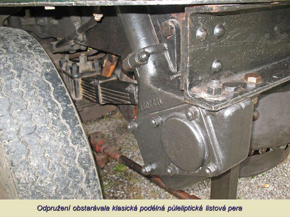 Přední kolo. Sentinely mohly mít plná i lisovaná loukoťová kola, na jejich výrobu byla použita ocel a litina