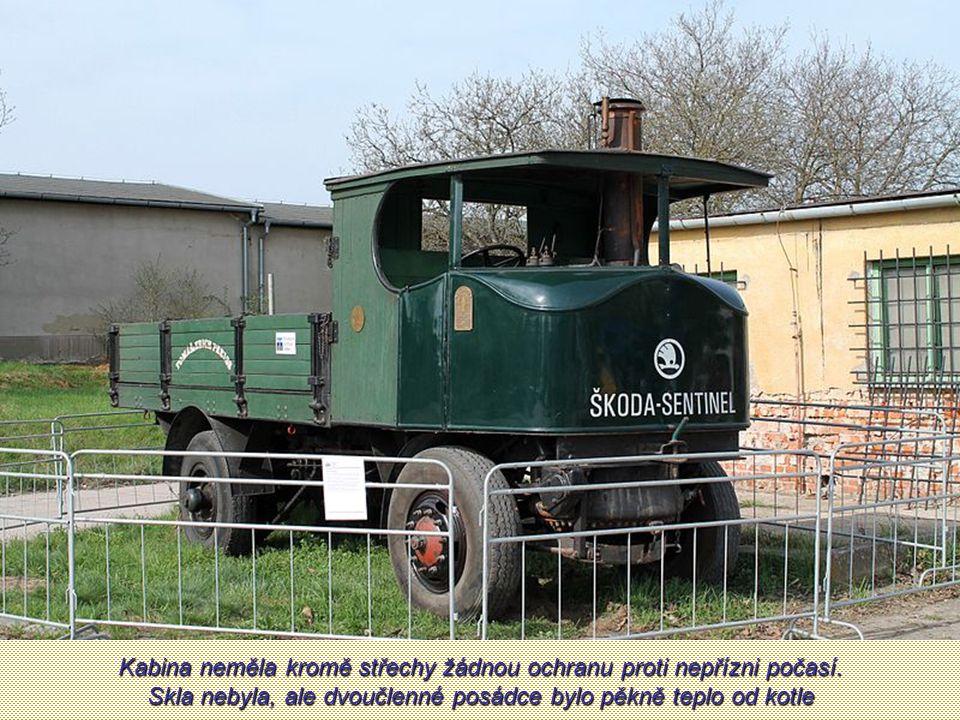 Sentinel poháněl dvouválcový parní stroj o výkonu 70 koní. Užitečná hmotnost vozu byla 5 tun