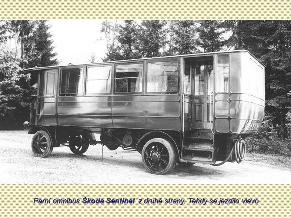 Parní omnibus Škoda Sentinel, dokončen 7. října 1925