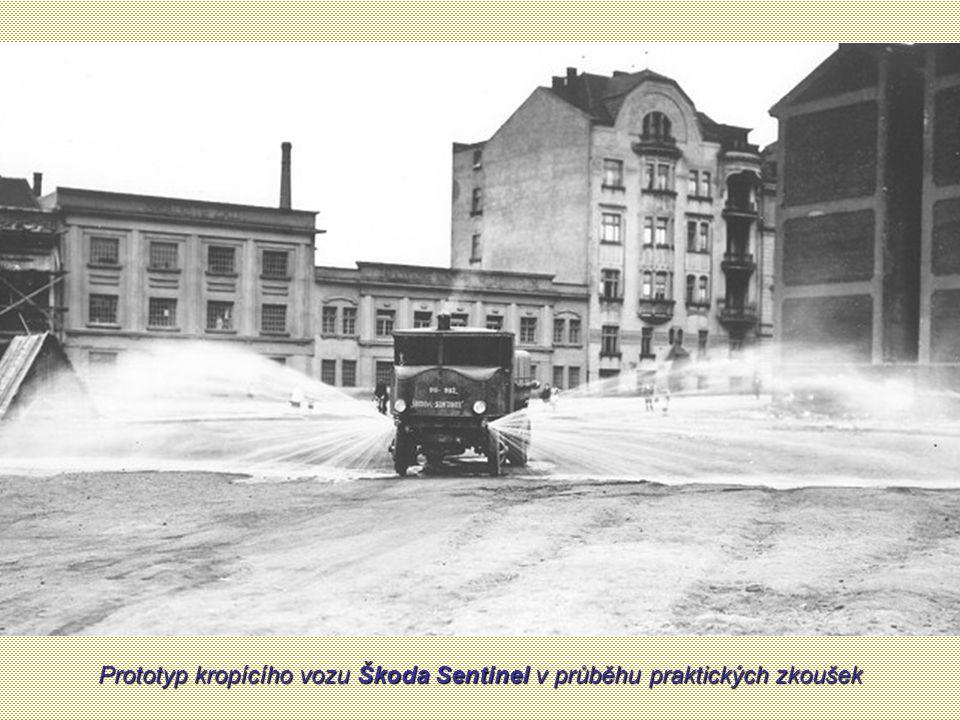 Standardní kropící vůz Škoda Sentinel před předáním Stavebnímu úřadu hl. m. Prahy