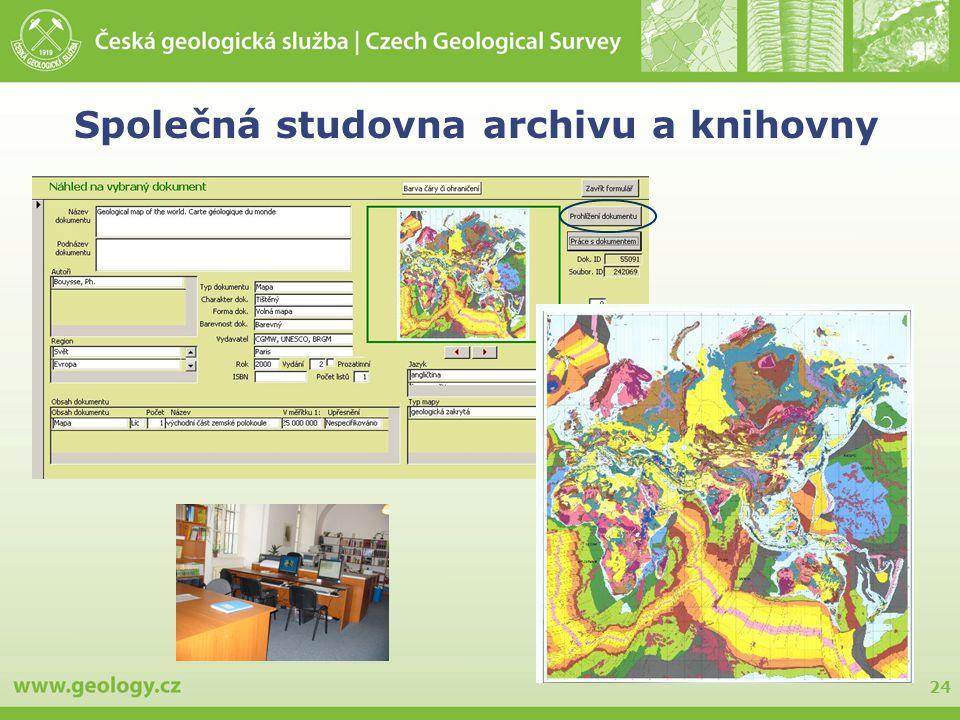 24 Společná studovna archivu a knihovny