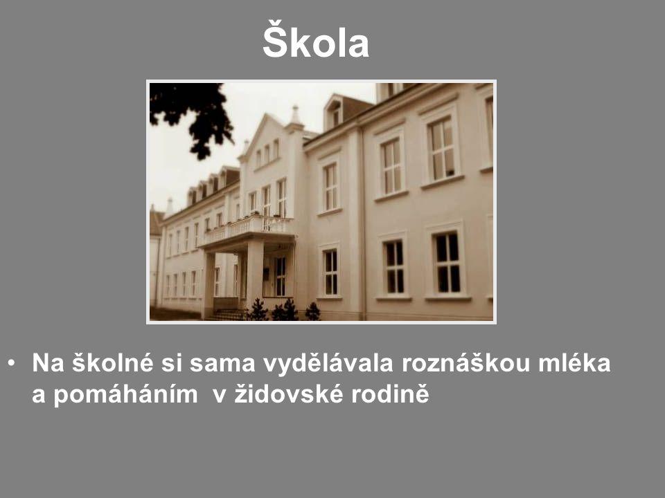 Zatčení V únoru 1950 byla zatčena Byla uvězněna 14 dní v Uherském Brodě, kde se podrobila výslechu u krajskému soudu Z Uh.