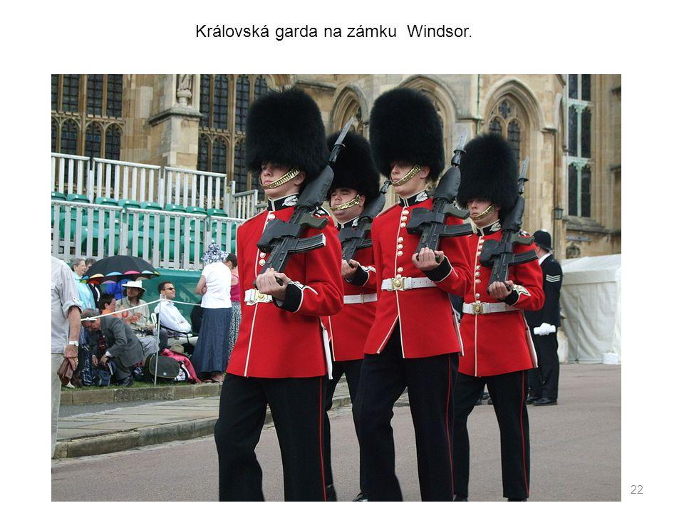 22 Královská garda na zámku Windsor.