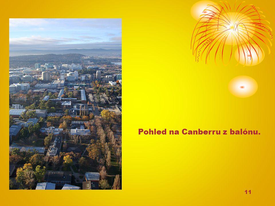11 Pohled na Canberru z balónu.