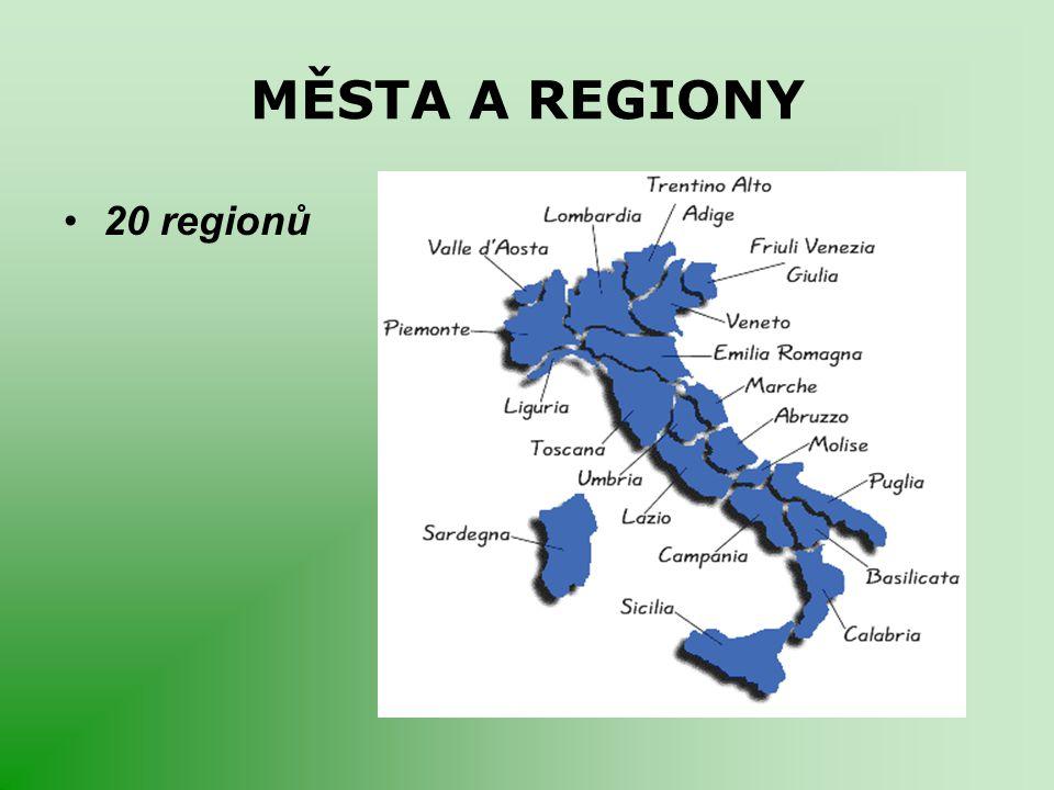 VODSTVO Pobřeží: Janovský záliv → Ligurské moře (Mar Ligure) → Tyrhénské moře → Sicilský a Maltský průliv → Jónské moře (Mar Ionio) → Messinská úžina → Otrantský průliv - dopravně důležitý → Jaderské moře (Mare Adriatico) Řeky: –Pád (Po) - nejdelší (652 km) –Arno (241km) protéká Florencií –Tibera (Tevere) (405 km) protéká Římem Jezera: –ledovcového původu –Lago Maggiore (Varese), Lago di Como (Lecco) a největší Lago di Garda (Verona).