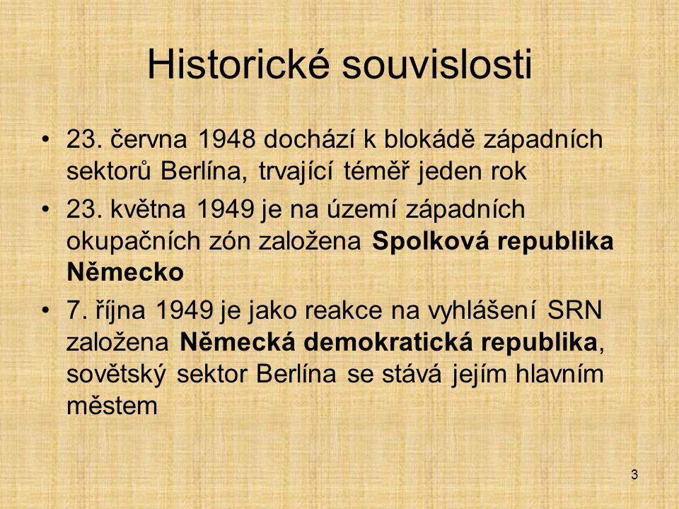 4 Vznik Berlínské zdi Velký význam zde hraje skutečnost, že v době 1949 až 1961 území ovládané Sověti opustily téměř tři miliony obyvatel Bylo tudíž rozhodnuto provést opatření, aby se tomuto zamezilo V noci z 12.