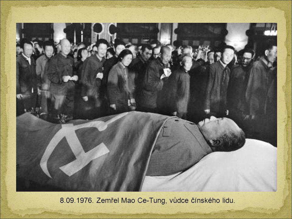 11.9.1973. Santiago de Chile. Prezident Salvador Allende pár minut před svou smrtí během převratu spáchaného CIA a Augustem Pinochetem.