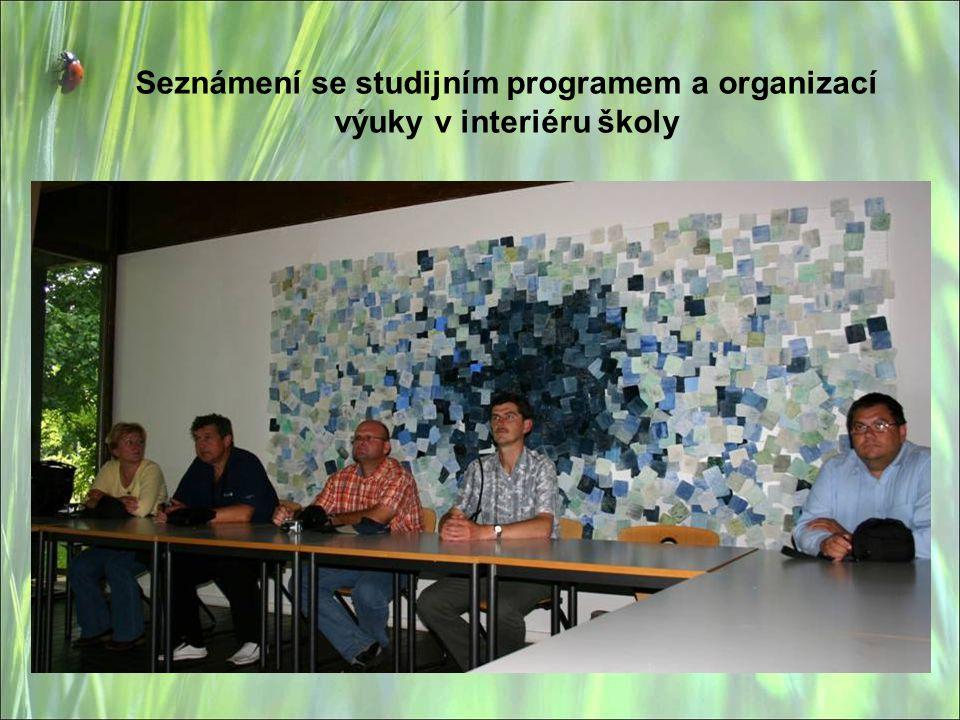 Seznámení se studijním programem a organizací výuky v interiéru školy