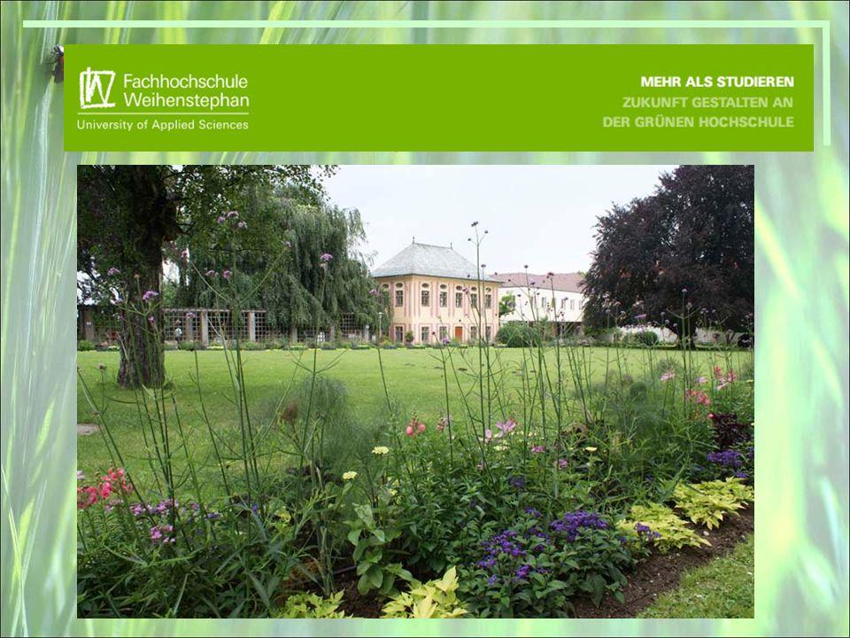 Prohlídka veřejné části areálu Fachhochschule ve Weihenstephan s hostitelem Prof.