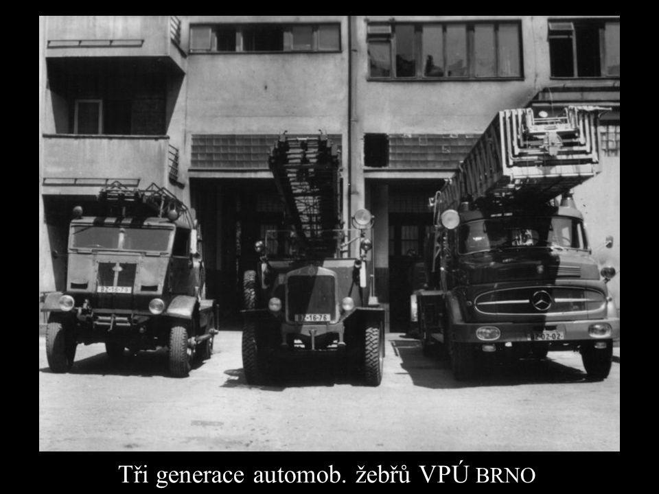Tři generace automob. žebřů VPÚ BRNO