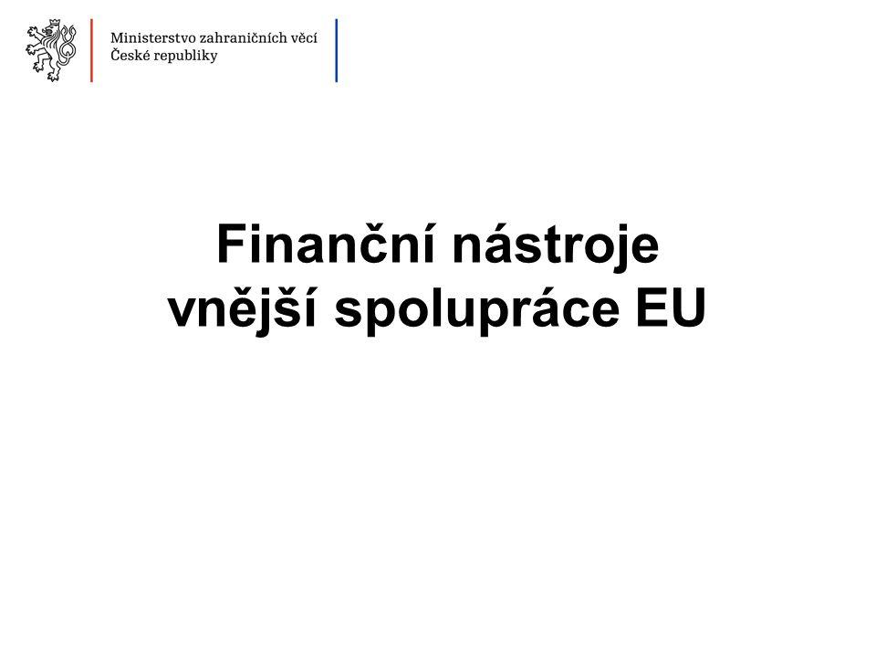Obsah 1.Obecný přehled vnějších nástrojů EU 2.Proces programování a implementace 3.ČR a vnější spolupráce EU