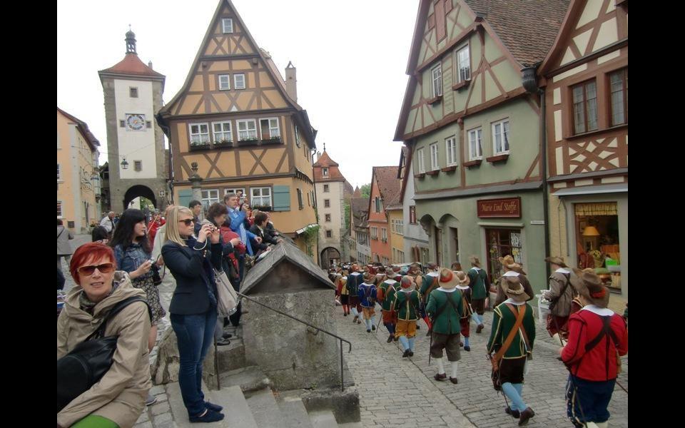 Plönlein malé náměstíčko – jedno z okouzlujících míst v Rothenburgu ob der Tauber