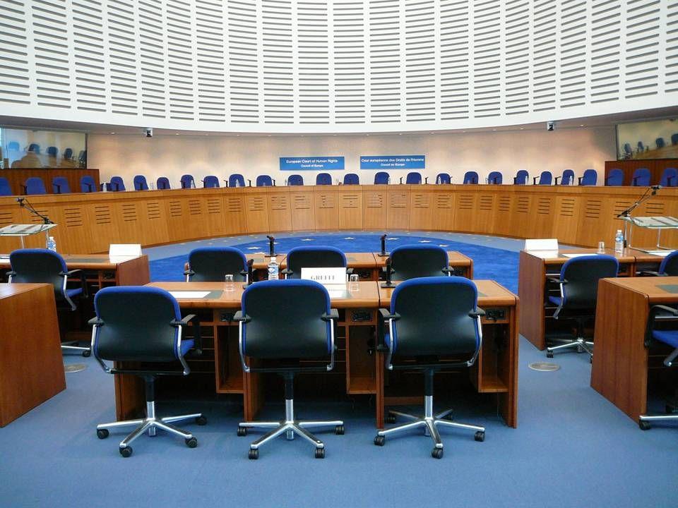 47  Tvrdost zákona práva veřejného Tvrdost zákona práva veřejného  rozhodnutí na základě správního uvážení rozhodnutí na základě správního uvážení v jednotlivé věci v jednotlivé věci např.