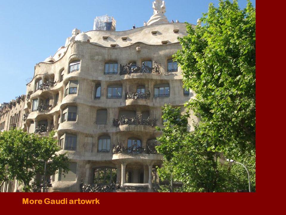More Gaudi artowrk