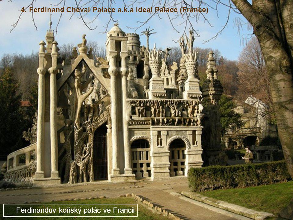 3. The Torre Galatea Figueres (Spain) Dům brána ve Španělsku