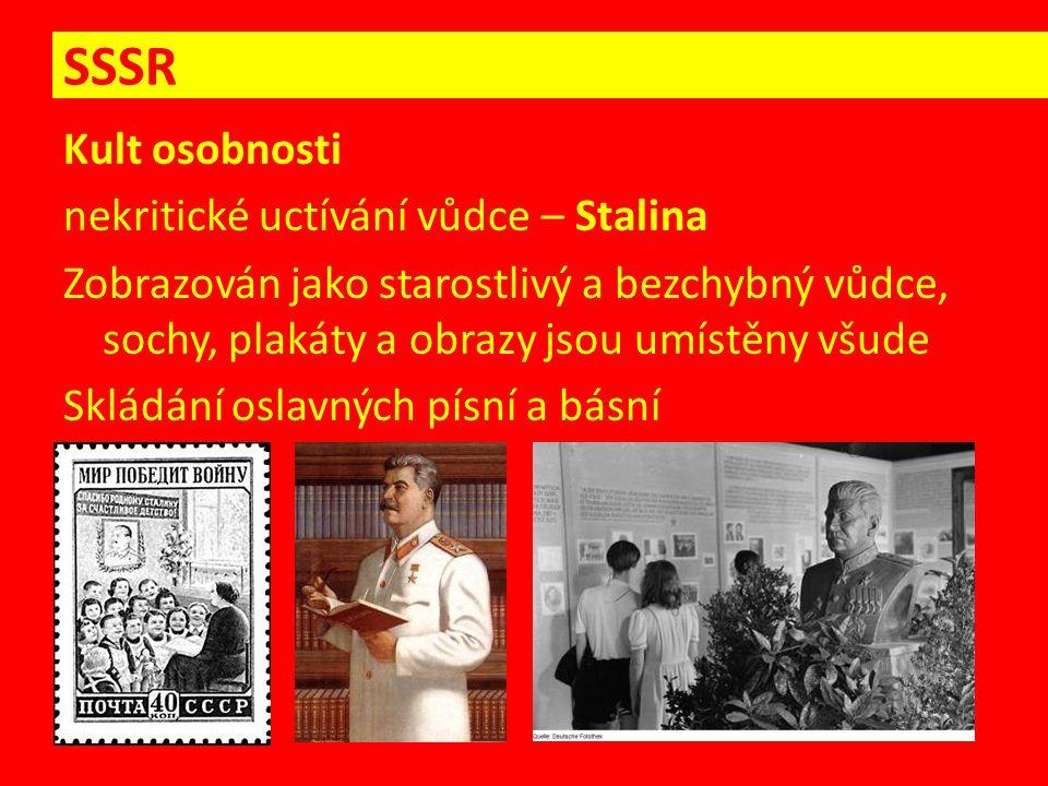 Kult osobnosti nekritické uctívání vůdce – Stalina Zobrazován jako starostlivý a bezchybný vůdce, sochy, plakáty a obrazy jsou umístěny všude Skládání