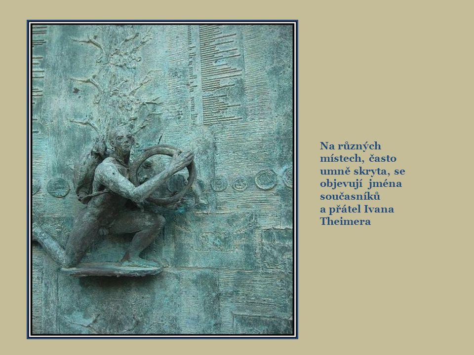 Arionova kašna byla odhalena v září 2002. Autorem sochařské výzdoby je Ivan Theimer, malíř a sochař, který v Olomouci strávil třetinu svého života. Po
