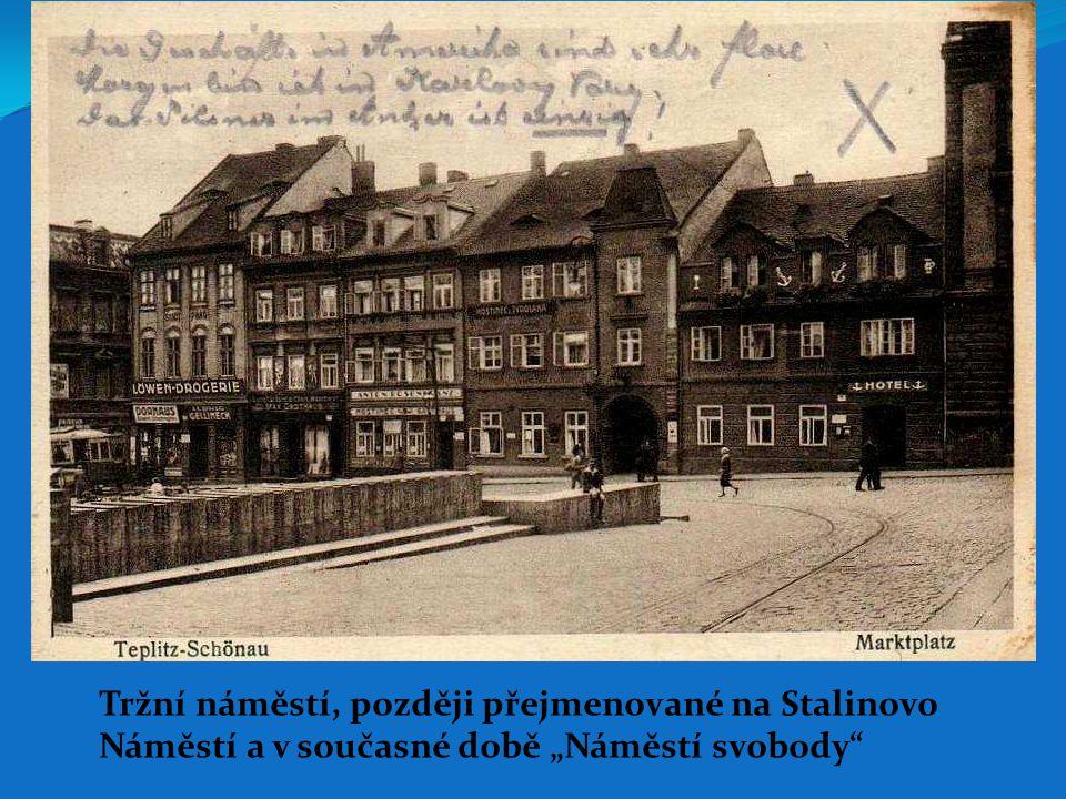 """Tržní náměstí, později přejmenované na Stalinovo Náměstí a v současné době """"Náměstí svobody"""""""
