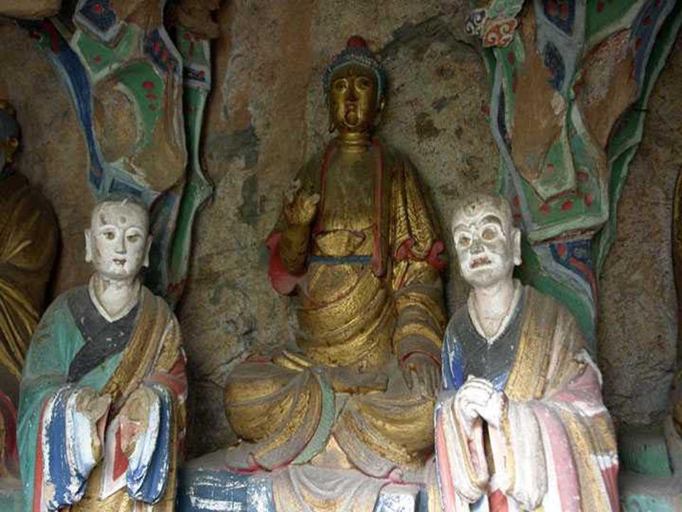 Existuje zde 40 sálů a kabinetů, které obsahují asi 80 soch vyrobených z mědi, železa, terakoty a kamene.