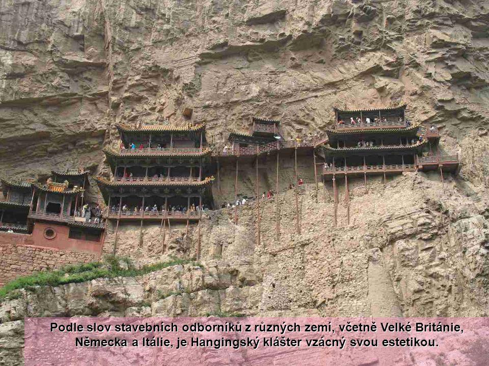 Podle slov stavebních odborníků z různých zemí, včetně Velké Británie, Německa a Itálie, je Hangingský klášter vzácný svou estetikou.
