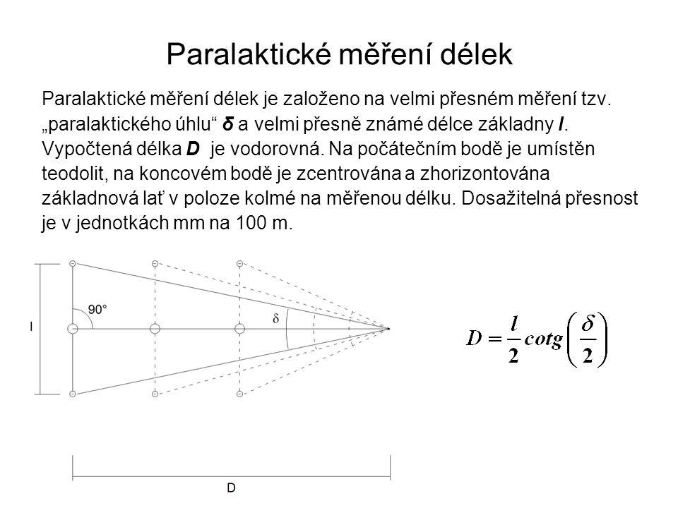 """Paralaktické měření délek je založeno na velmi přesném měření tzv. """"paralaktického úhlu"""" δ a velmi přesně známé délce základny l. Vypočtená délka D je"""