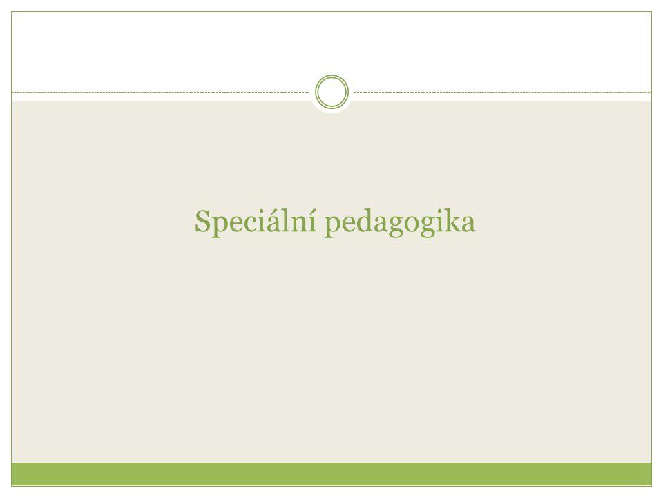 z lat.speciális = osobitný z gr.