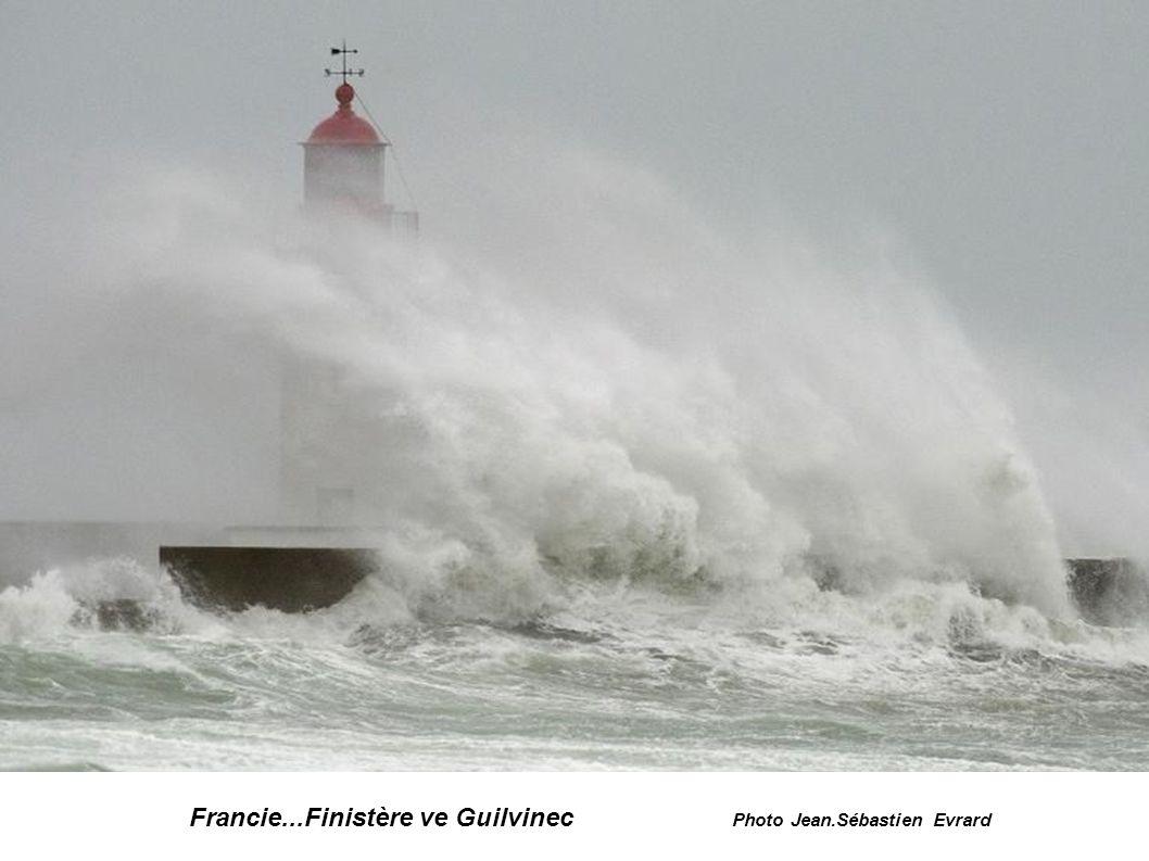 Francie...Finistère...à Penmarc'h photo Mal Langsdon