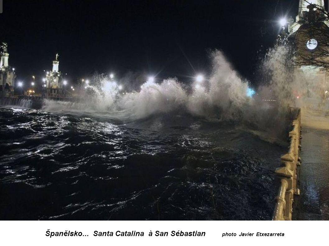 Španělsko... Santa Catalina à San Sébastian photo Javier Etxezarreta