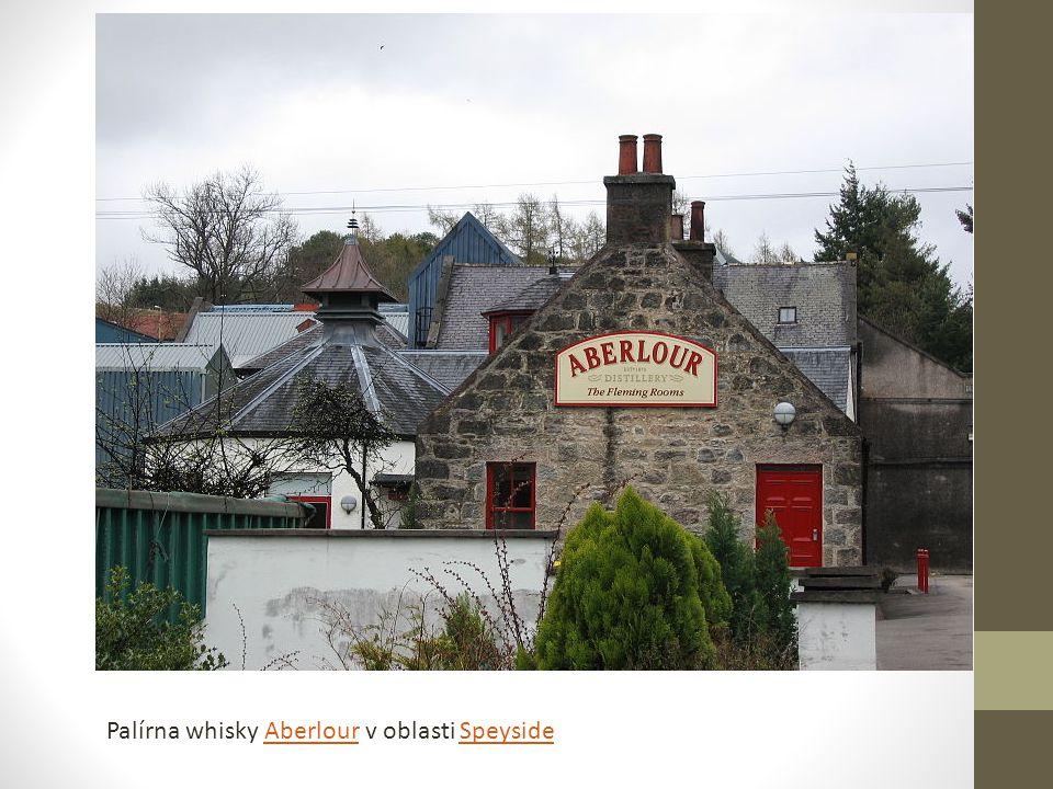 Palírna whisky Aberlour v oblasti SpeysideAberlourSpeyside