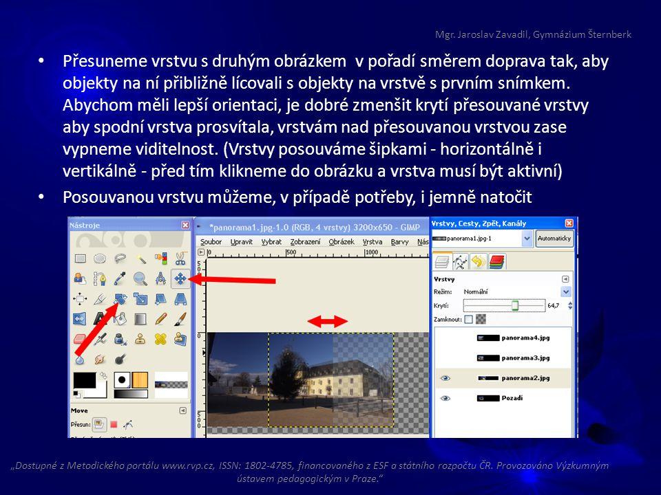 Přesuneme vrstvu s druhým obrázkem v pořadí směrem doprava tak, aby objekty na ní přibližně lícovali s objekty na vrstvě s prvním snímkem. Abychom měl