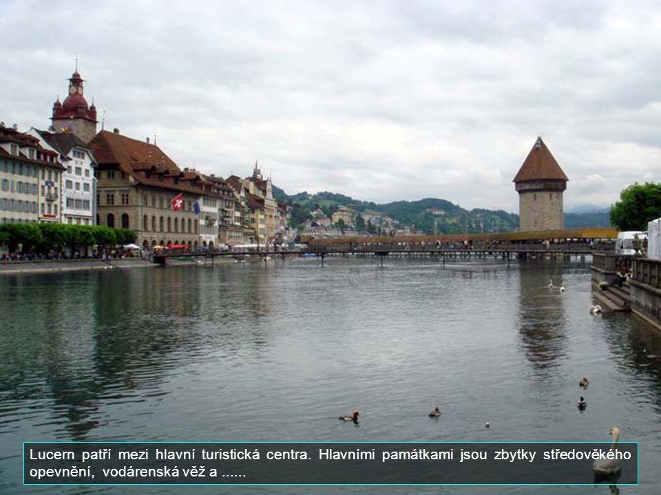 Lucern je hlavním městem kantonu stejného jména. Má asi 60 000 obyvatel. Leží na břehu jezera Vierwaldstaettersee