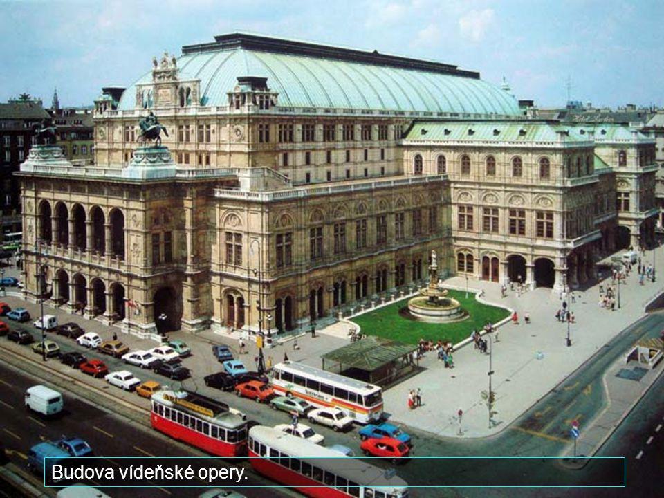 Jedna z nejznámějších ulic Vídně - Garben.