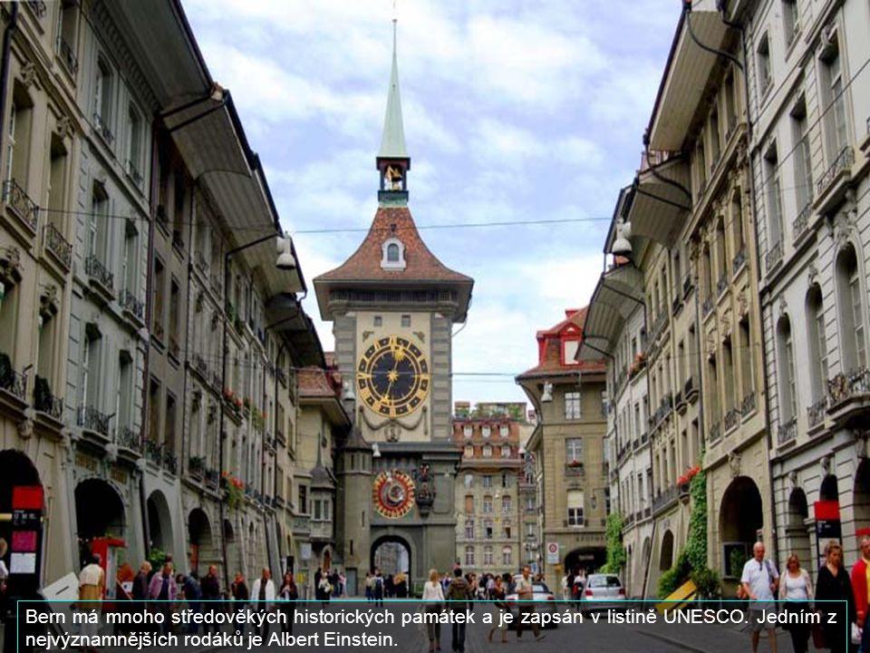 Hlavním městem Švýcarska je Bern, který má cca 130 000 obyvatel.