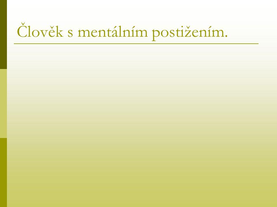 Psychiatr, psycholog a psychoterapeut Psychiatr je lékař, absolvent medicíny s atestací ze psychiatrie.