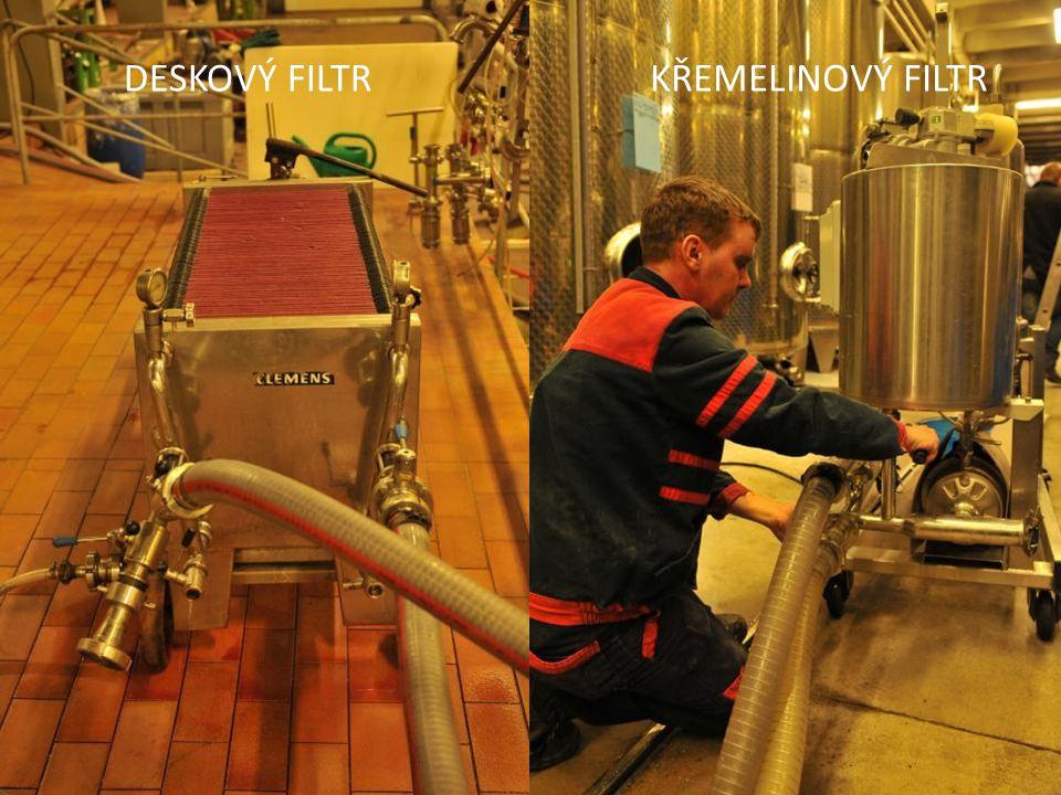 Filtrace Před stáčením vína do lahví probíhá několik filtrací.