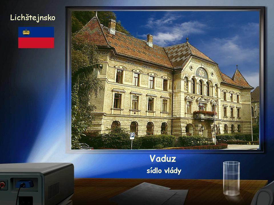 Vaduz Lichštejnsko zámek ze 17. stol.