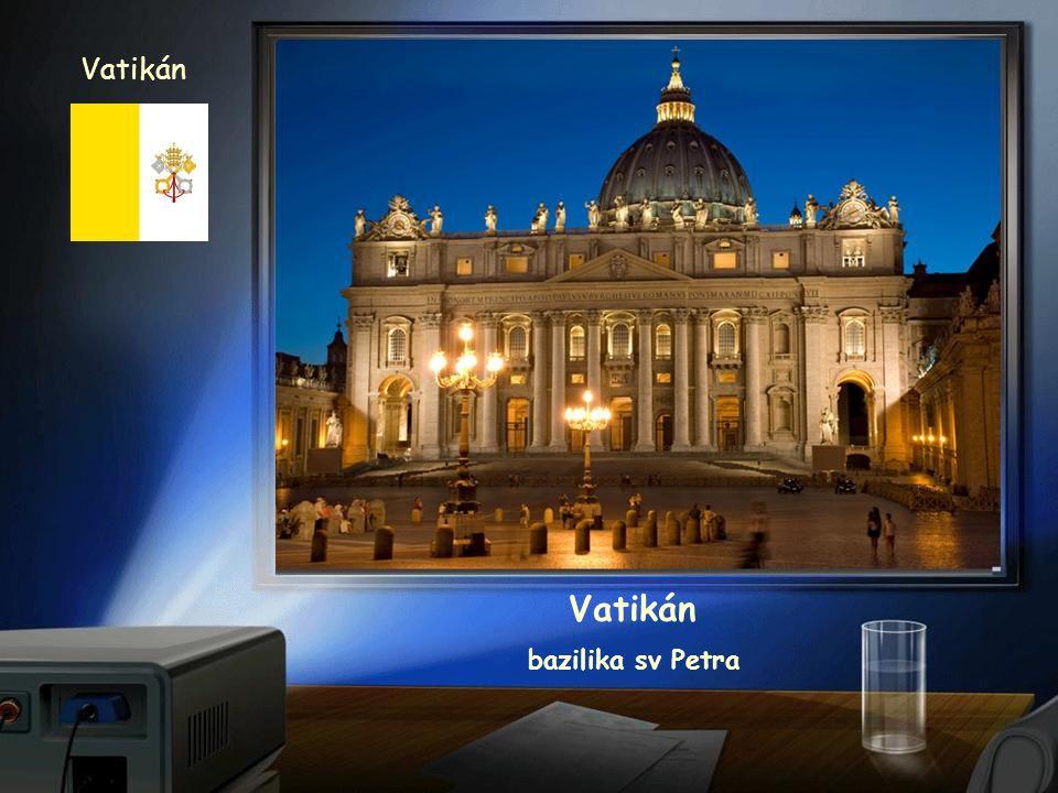 Vatikán náměstí a bazilika sv.Petra