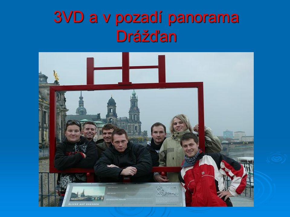 3VD a v pozadí panorama Drážďan
