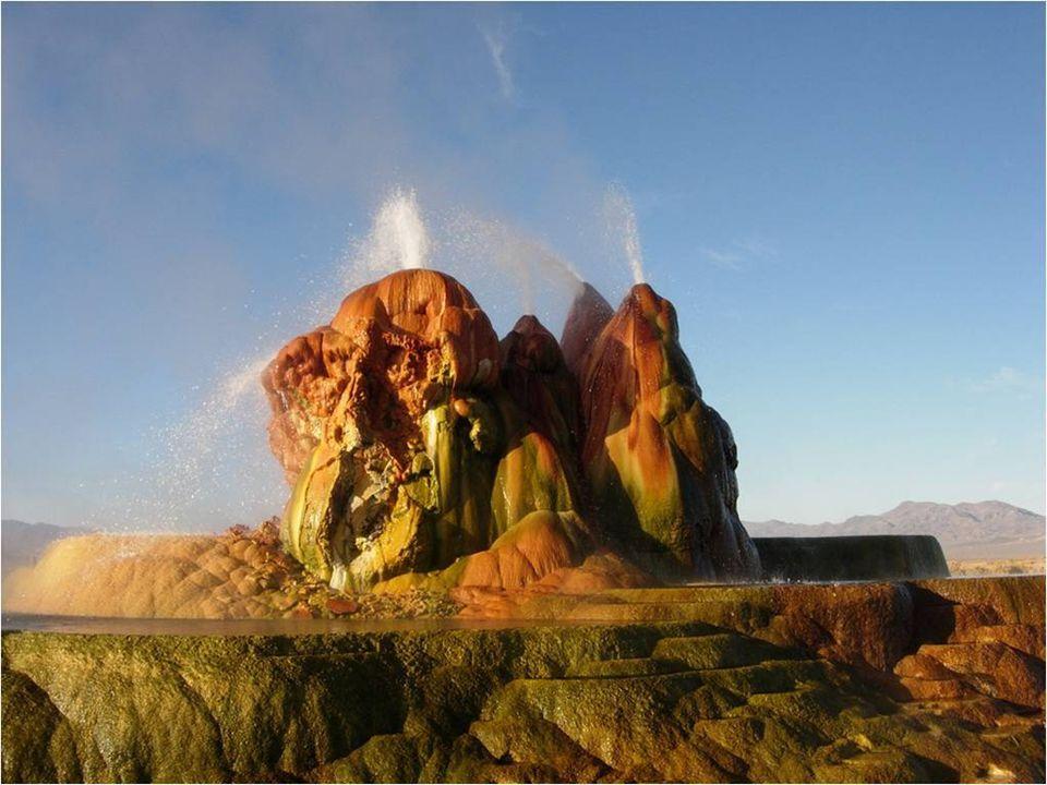 Gejzír Fly je geotermální gejzír asi 30 km severn ě od osady Gerlach v nevadské pošti Black Rock Desert. Byla to zcela holá pouš ť, dokud se skupina z