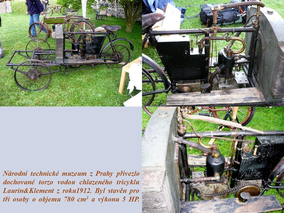 Národní technické muzeum z Prahy přivezlo dochované torzo vodou chlazeného tricyklu Laurin&Klement z roku1912. Byl stavěn pro tři osoby o objemu 780 c