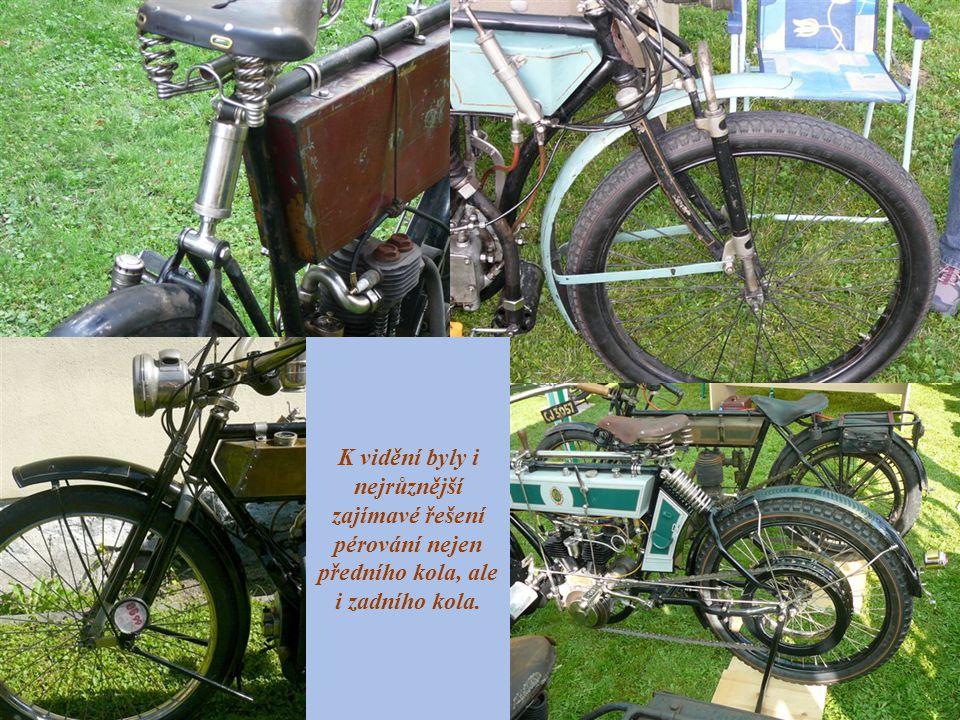 K vidění byly i nejrůznější zajímavé řešení pérování nejen předního kola, ale i zadního kola.
