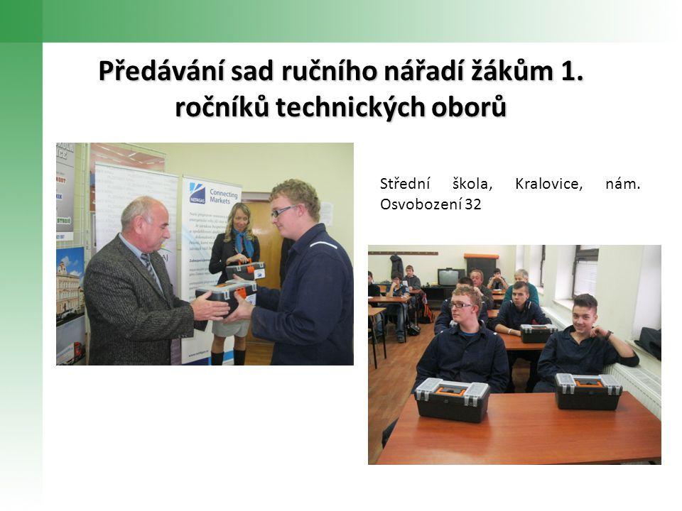 Střední škola, Kralovice, nám. Osvobození 32 Předávání sad ručního nářadí žákům 1.