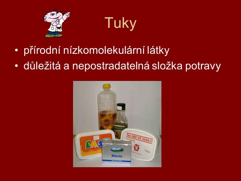 Rozdělení tuků 1.podle původu -rostlinné tuky – slunečnicový olej, řepkový olej, olivový olej -živočišné tuky – máslo, sádlo, rybí tuk