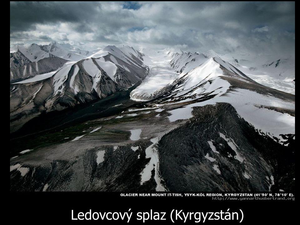 Ledovcový splaz (Kyrgyzstán)