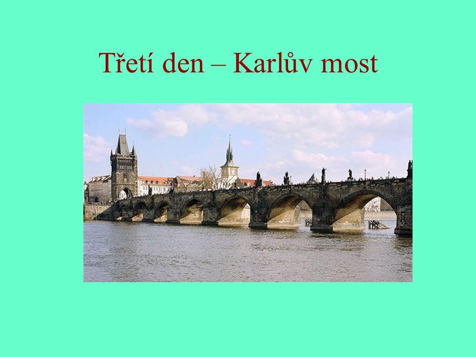Program čtvrtého dne Celodenní výlet vlakem romantickou krajinou na hrad Karlštejn Návštěva nedalekých Koněpruských jeskyní v lokalitě Český kras Úterý