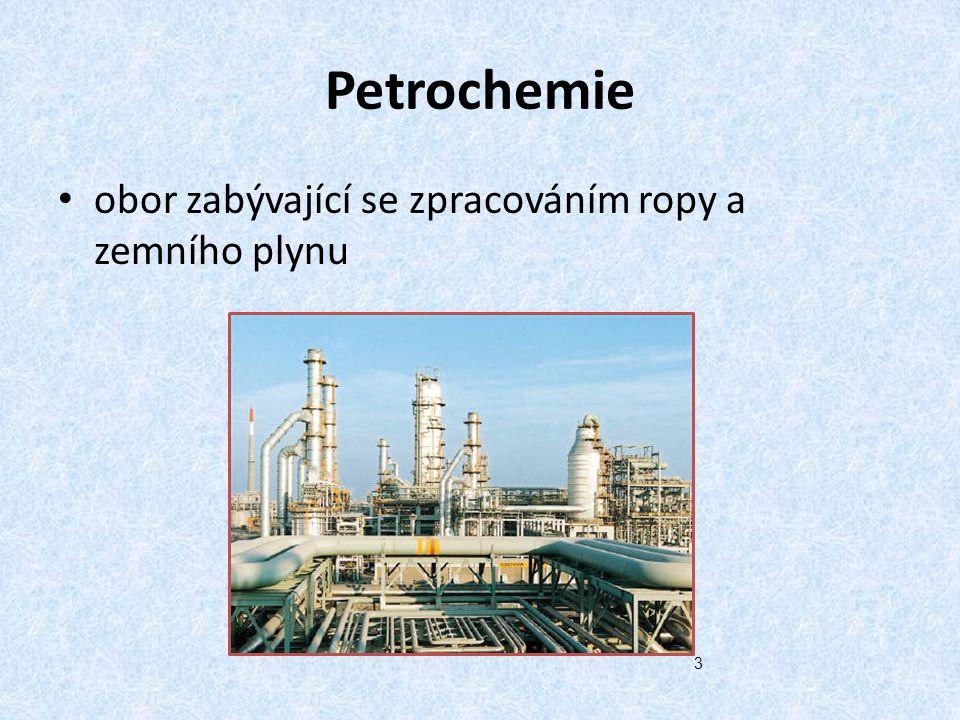 Zpracování ropy - postup Frakční destilací se oddělují složky: uhlovodíkové plyny benzín petrolej plynový olej (motorová nafta) mazací oleje mazut (destilační zbytek) 13