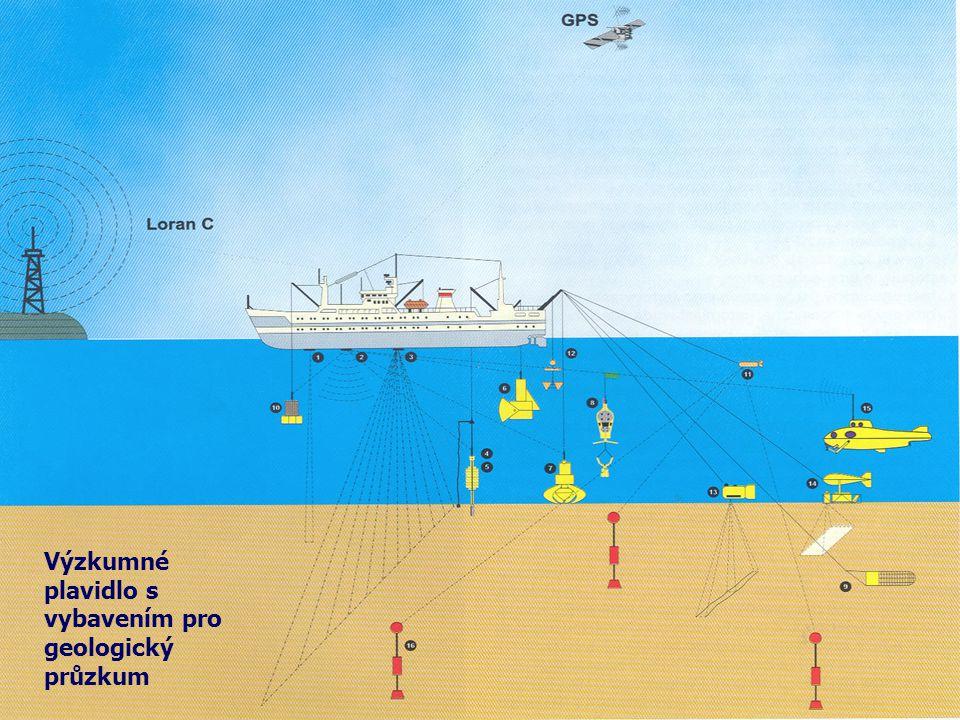 Výzkumné plavidlo s vybavením pro geologický průzkum