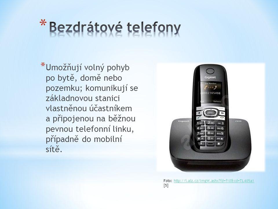 * Umožňují volný pohyb po bytě, domě nebo pozemku; komunikují se základnovou stanici vlastněnou účastníkem a připojenou na běžnou pevnou telefonní linku, případně do mobilní sítě.